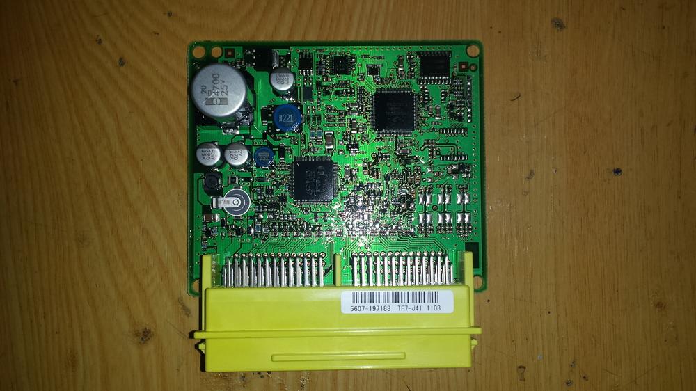 77960 - TF7 -J411 - M3